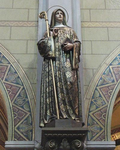 Saint Hildegard of Bingen's herbal medicine remedies. Click on the picture to read the article.