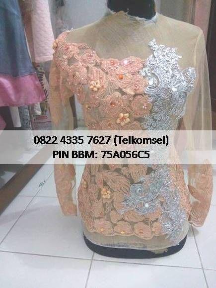 Kami Butik Baju Kebaya Modern melayani penjualan dan pemesanan kebaya wisuda, pengantin, muslim, tunangan. Informasi dan pemesanan hubungi 082243357627 (Telkomsel) - bbm 75A056C5