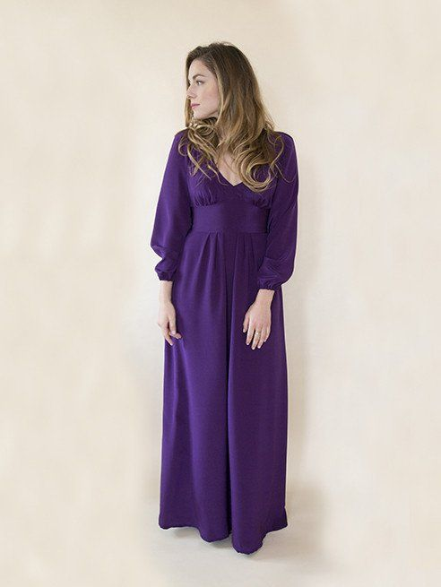 Are you looking for a 1970s sewing pattern? Check out the Alix dress from By Hand London. Read dressmaking pattern reviews here.