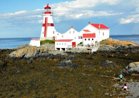 head-harbor-lighthouse