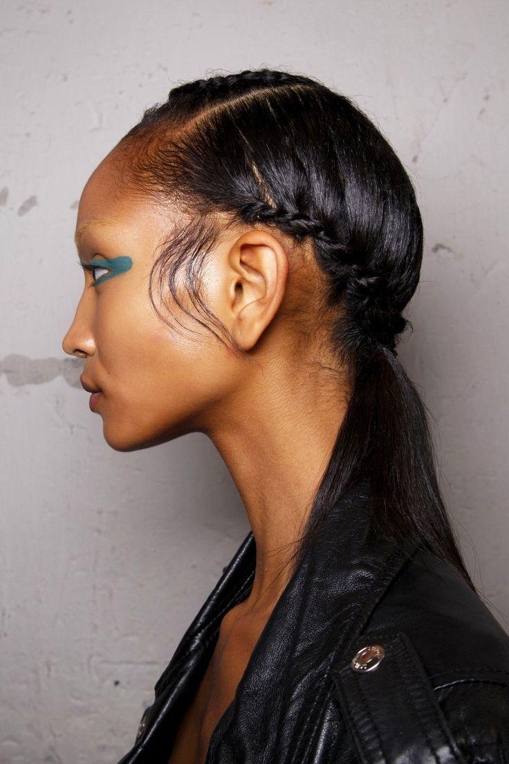 Les 49 meilleures images du tableau afro coiffures sur pinterest cheveux afro coiffures et - Tresse en cascade ...