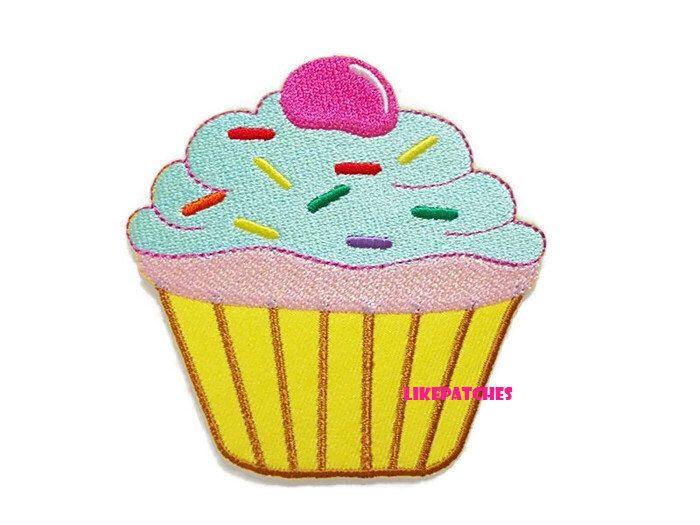 Hierro de la Magdalena parche parches de Verde Pastel Cupcake amarillo crema nuevo cosen / hierro en parches bordados parches apliques de tamaño 5.7cm.x5.8cm. de LikePatches en Etsy https://www.etsy.com/mx/listing/247385272/hierro-de-la-magdalena-parche-parches-de