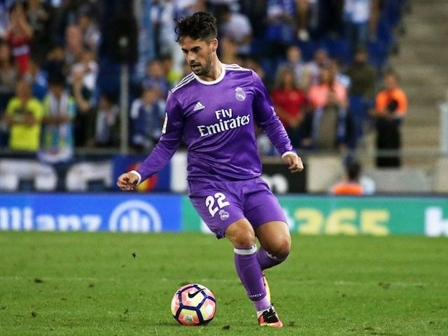 Real Madrid's Isco 'knows nothing' of contract talk #Transfer_Talk #Real_Madrid #Football