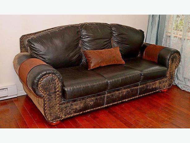 Luxurious Italian Leather Couch (OBO)
