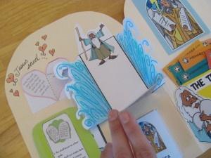 ten commandments lapbook: 10 Commandments, Lapbook Week, Lapbook Repin By Pinterest, Lapbook B, Homeschool Bible, Ten Commandments, Bible Kindergarten, Command Lapbook, 3Rd Grade
