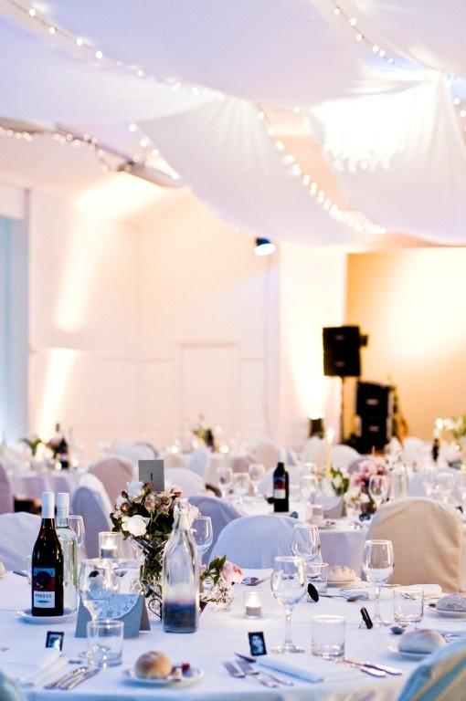 Wedding tables at Heritage ballroom - Mantra Lorne