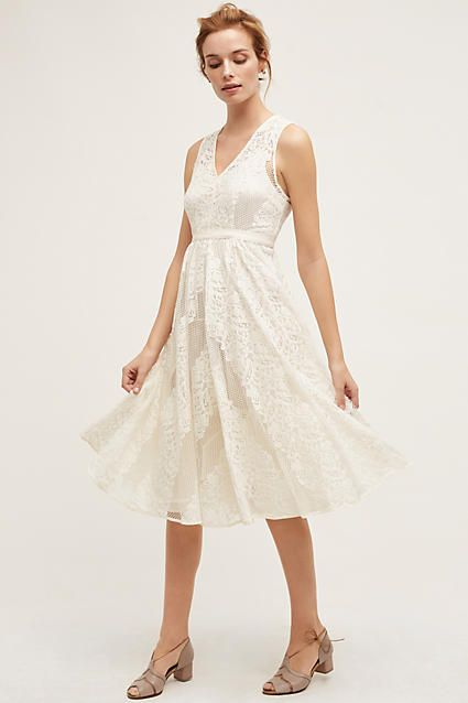 af74b96559 10 Perfectly Acceptable Last-Minute Wedding Dresses for Shotgun Brides