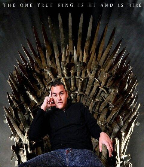 El único verdadero rey es el y esta aqui en Game Of Thrones