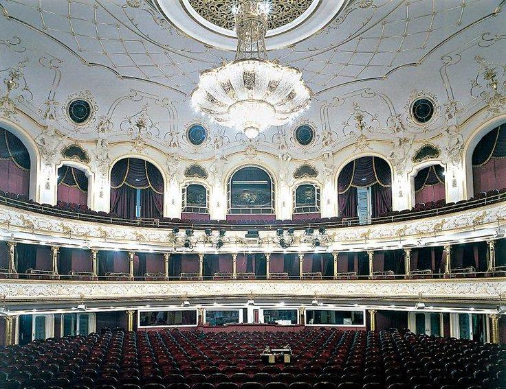 10 érdekes kép a Budapesti Operettszínházról - Page 3 of 10