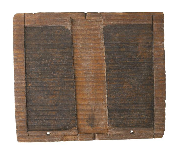 GEDACHTE Doordat de Germanen en Romeinen met elkaar in contact kwamen gingen ze handel met elkaar drijven. Ze schreven de handel ook op. Het oudste schrift dat er is gevonden in Tolsum ging over een overeenkomst.