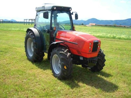 Narrow spaces in your orchards? Here the Same Frutteto orchard #tractor! More makes and models of orchard #tractors at http://www.agriaffaires.co.uk/used/1/orchard-tractors.html