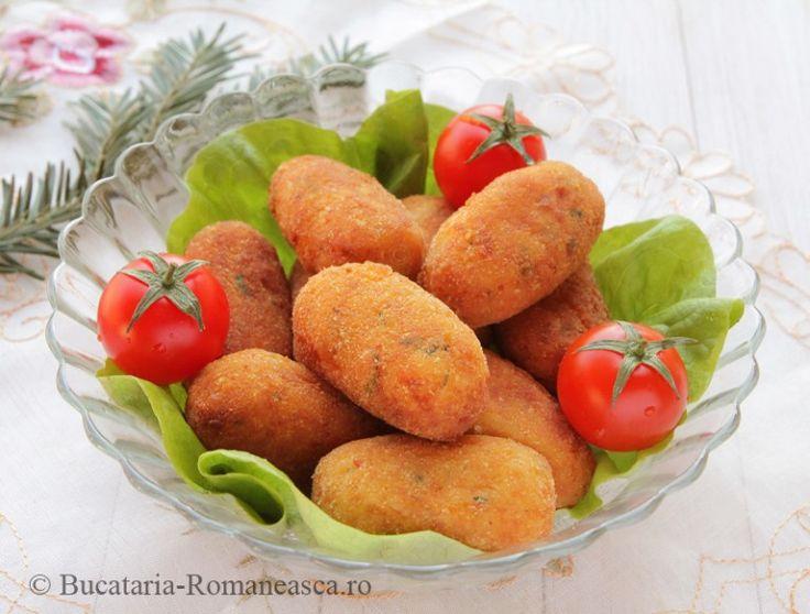 Crochete de pui http://bucataria-romaneasca.ro/retete-culinare/crochete-de-pui.html