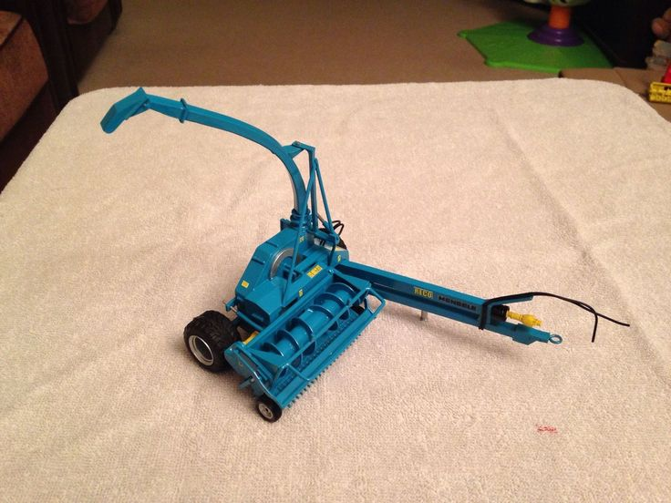 BRITAINS FARM TOYS CONVERSION scale RECO MENGELE FORAGE HARVESTER One off build | eBay
