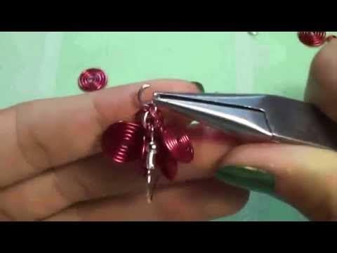 Tutorial: orecchini a grappolo con spirali in wire - YouTube