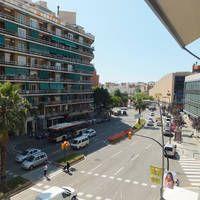 Appartementen Madanis  Comfortabel appartementencomplex nabij Camp Nou (het stadion van FC Barcelona).  EUR 40.00  Meer informatie  #vakantie http://vakantienaar.eu - http://facebook.com/vakantienaar.eu - https://start.me/p/VRobeo/vakantie-pagina