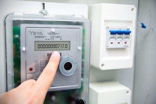 Le compteur Linky : une arnaque pour le portefeuille ?  Mauvaise publicité pour le nouveau compteur électrique à la mode. Il ferait grimper la facture d'électricité, selon l'UFC-Que Choisir.