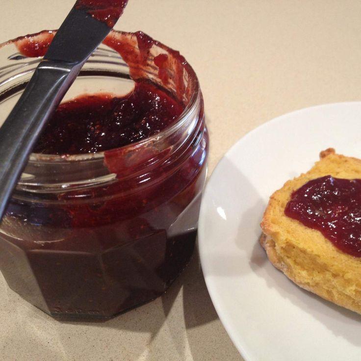 1 Punnet Speedy Strawberry Jam by Leanne Sloss on www.recipecommunity.com.au