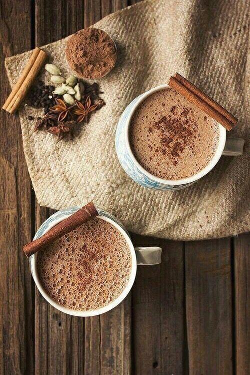 Hot chcolate with cinnamon