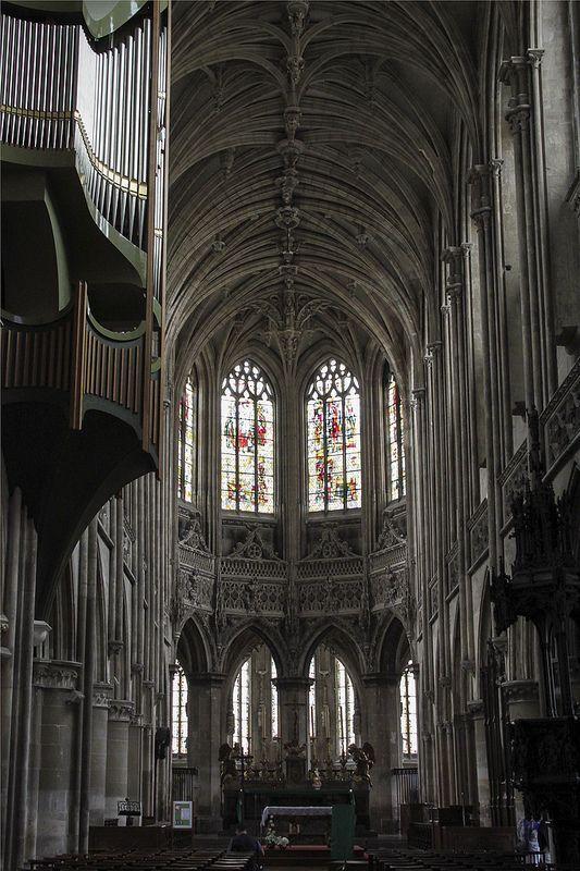 Собор святого Петра, Кан, Нормандия, Франция.