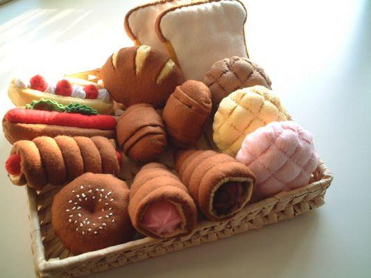 minne(ミンネ)| フェルトのパン