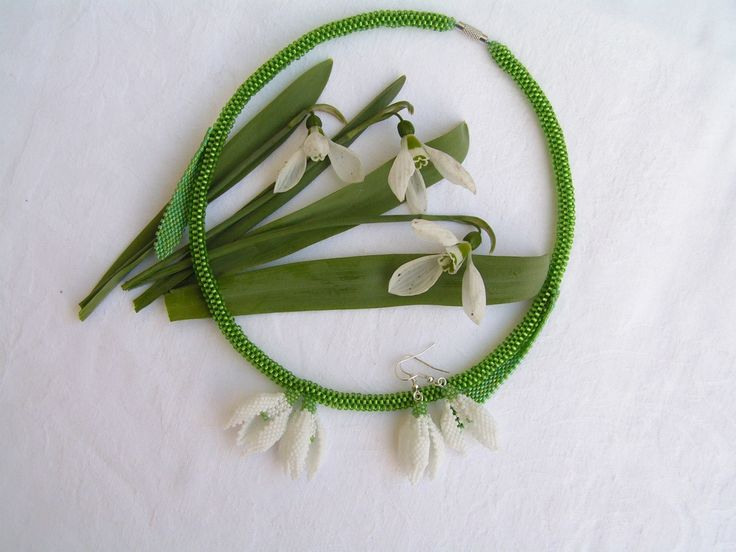 Awakening - Dance of Snowdrops  --    I like so much spring, therefore I wanted to make something unique, really seasonaljewelry set . In the end I chose the first flower of spring, which is the snowdrop.