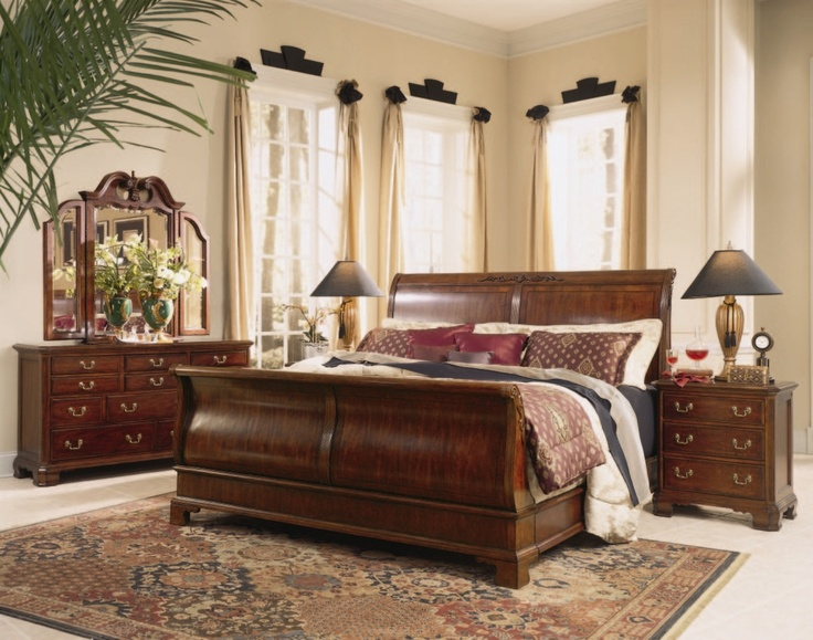 Universal Mansion Bedroom Furniture