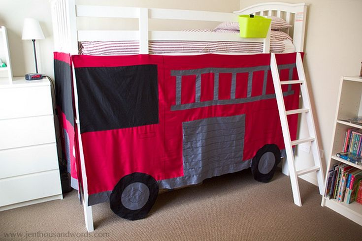 21 Awesome Room for a Little Boy, The Fire Truck Bed Design https://www.onechitecture.com/2018/03/02/21-awesome-room-little-boy-fire-truck-bed-design/