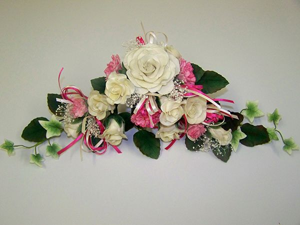 Gorgeous floral cake topper from Need a Cake. Hard to believe their not real flowers!