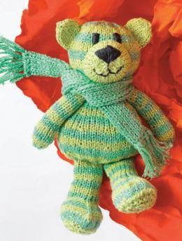 Gratisanleitung, Geringelter Teddy, Modell S8443 - Ob zum Spielen oder Kuscheln - dieser Teddybär mit dem lustigen Ringelmuster lässt Kinderherzen höher schlagen. Ein treuer Kammerad, der den Nachwuchs überallhin begleiten wird.