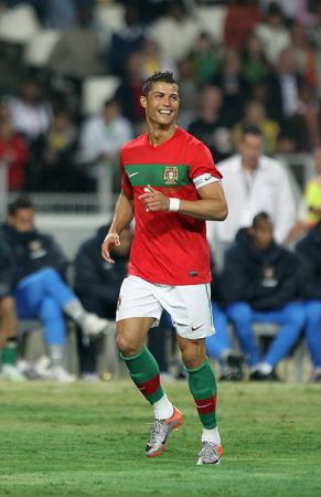 It took me a very long time to say this but I have to admit ..... He is phhhhine!.... One Day I will Watch A Game In Person