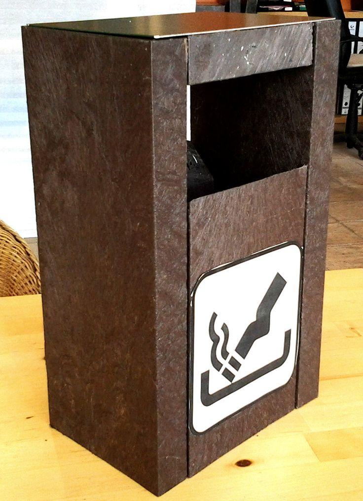 NOVEDAD!!! Hoy os presentamos nuestro nuevo producto, el CENICERO DE PLAYA. Evita que la gente tire las colillas en la arena de un modo rápido y sencillo.  Diseño muy original y divertido.