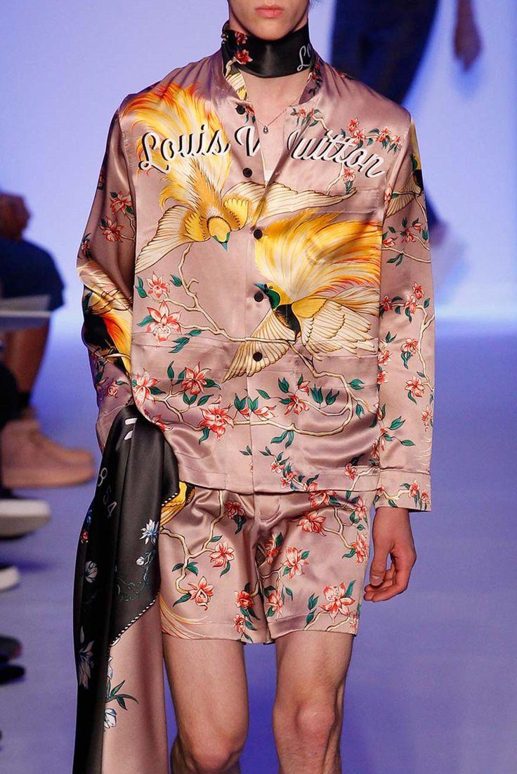 Louis Vuitton S/S 2016 Menswear Paris Fashion Week // REPPIN BIRD OF PARADISE!!!
