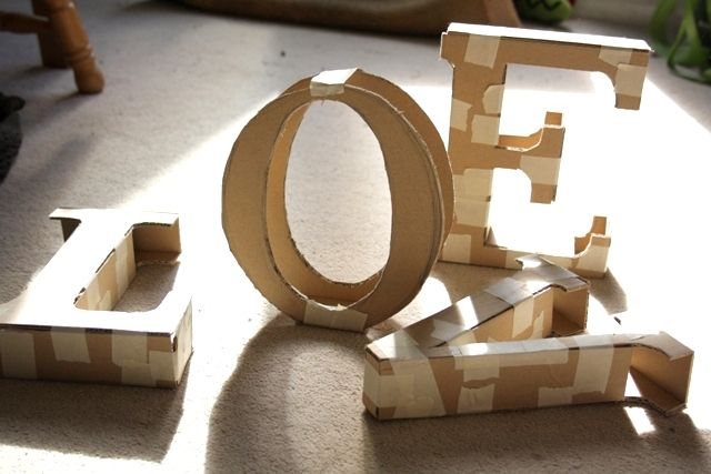 Tutorial to make decorative letters using cardboard