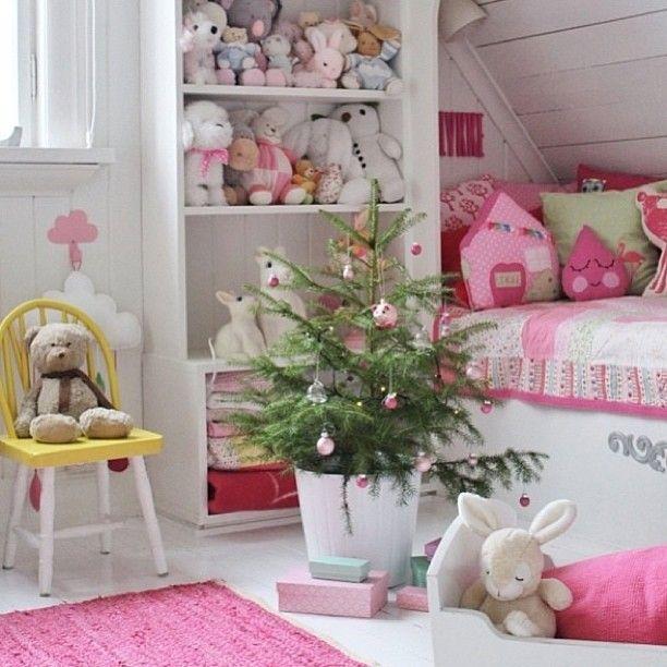 Har du sett et vakrere jenterom? gå inn på #vakrerom barnerom for ...