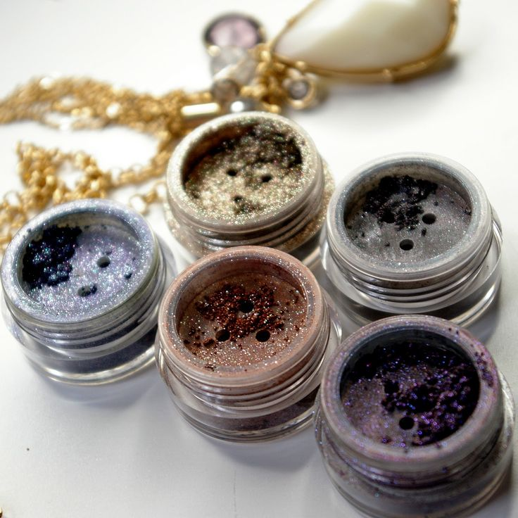 era mineras produkty mineralne, makijaż mineralny, makeup, mineral makeup, cienie mineralne, podkład mineralny
