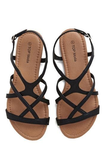 Cute sandals that don't go between your toes! Thanks Modcloth!