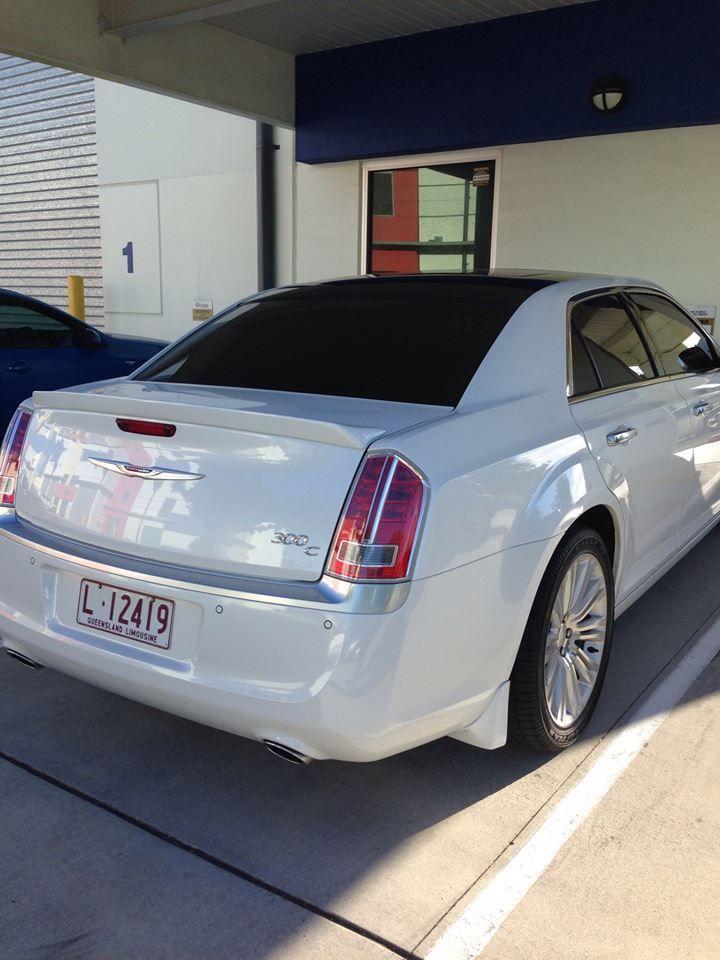 Chrysler 300C New Model, Pearl White with Black Roof Limoso Australia http://www.limoso.com.au/