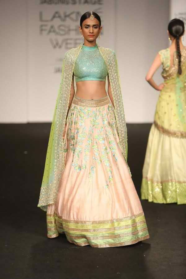 Lakmé Fashion Week – DIVYA REDDY AT LFW WF 2015
