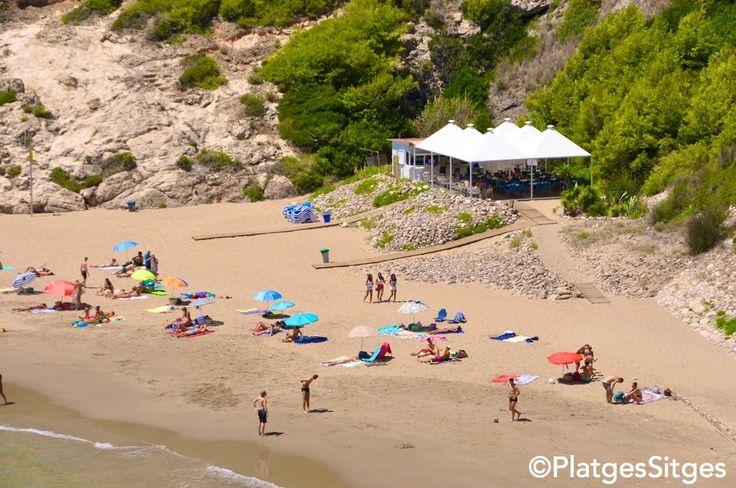 Cala Morisca - Sitges http://www.visitsitges.com/es/historia-de-sitges/turismo-sitges/playas-sitges