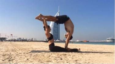 25 couple yoga poses to make you feel healthier and get