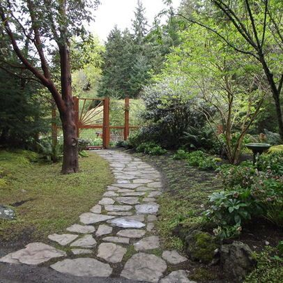 Absolutely love this stone path!