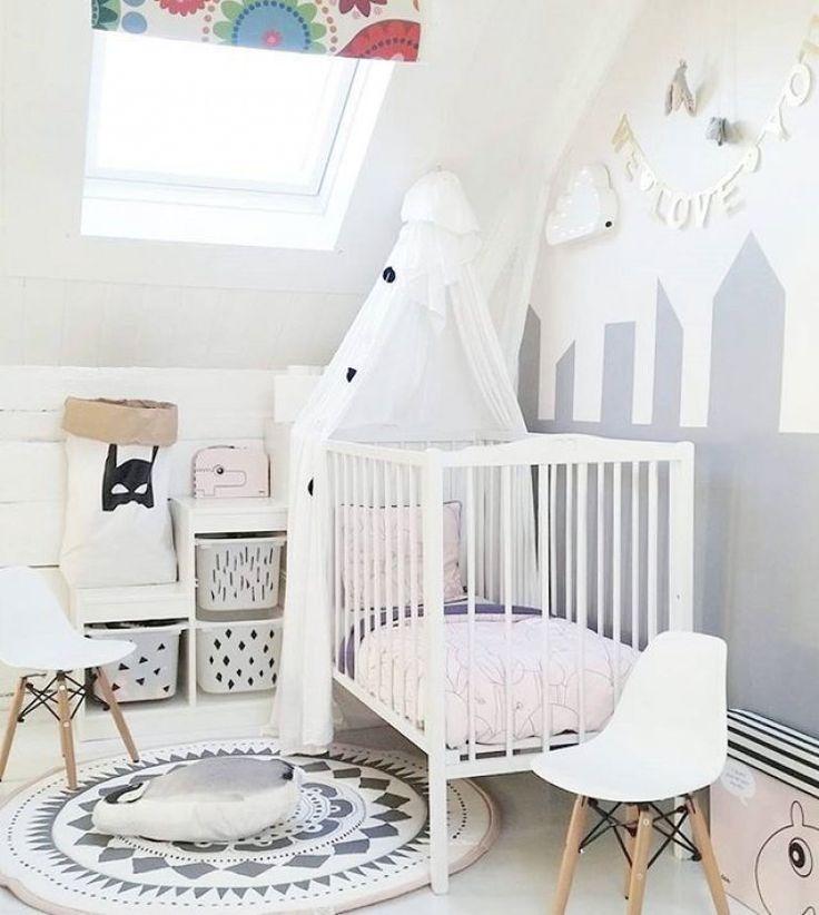 elegant les meilleures ides de la catgorie chambre grise blanche sur pinterest chambre a coucher. Black Bedroom Furniture Sets. Home Design Ideas