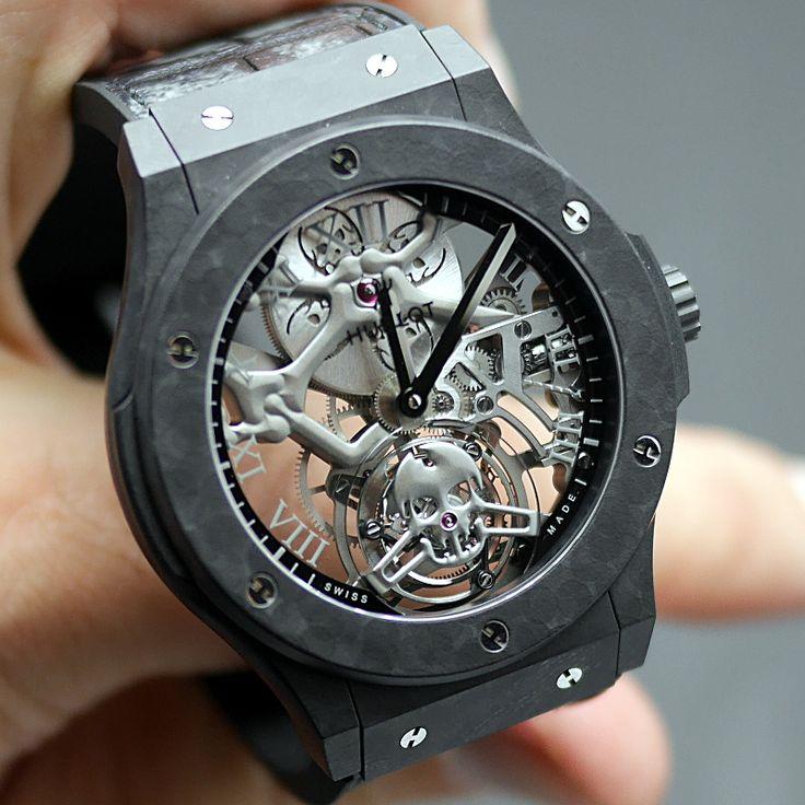 The Skull Mania  - 30 minutes on the wrist with the HUBLOT Classic Fusion Tourbillon Black Skeleton Skull