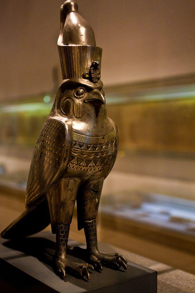Small statue of Horus. Staatliches Museum Ägyptischer Kunst (State Museum of Egyptian Art), Munich.
