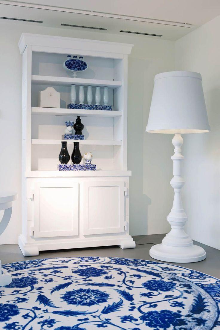 Moooi Paper Cabinet Floorlamp carpet 01 delft blue london 2010