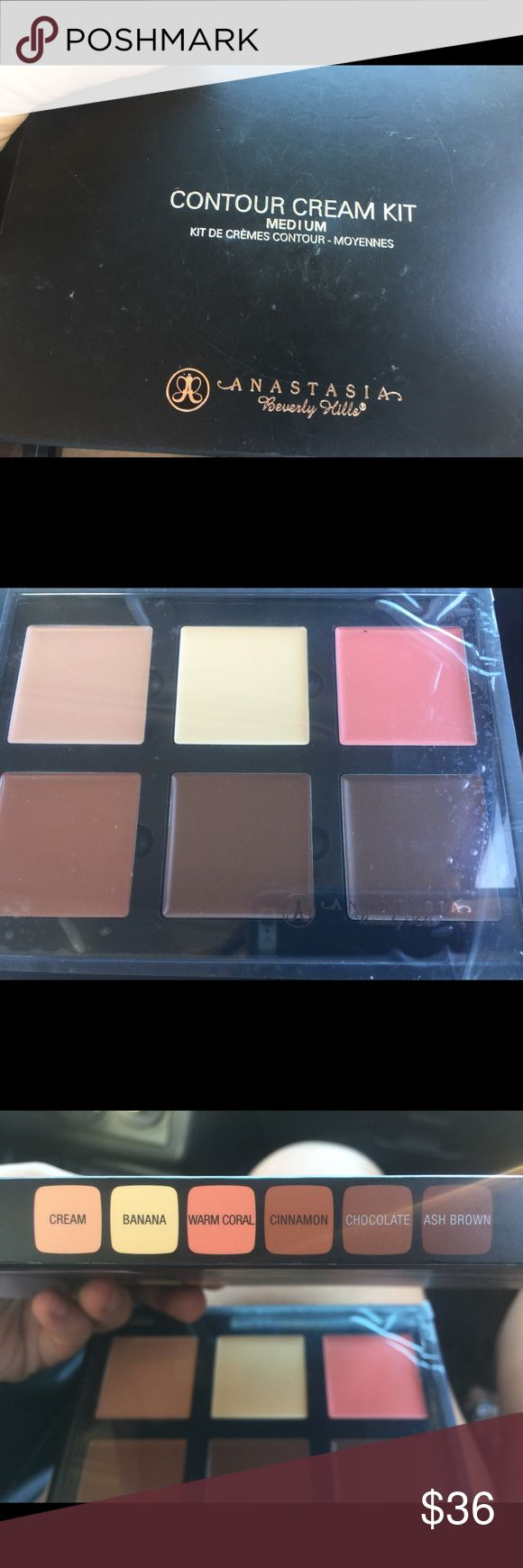 Anastasia cream contour kit New and completely unused. I already have one of these for myself and do not need two. They last for ever and work great. Good for covering dark circles/hair shadows. Anastasia Beverly Hills Makeup Concealer