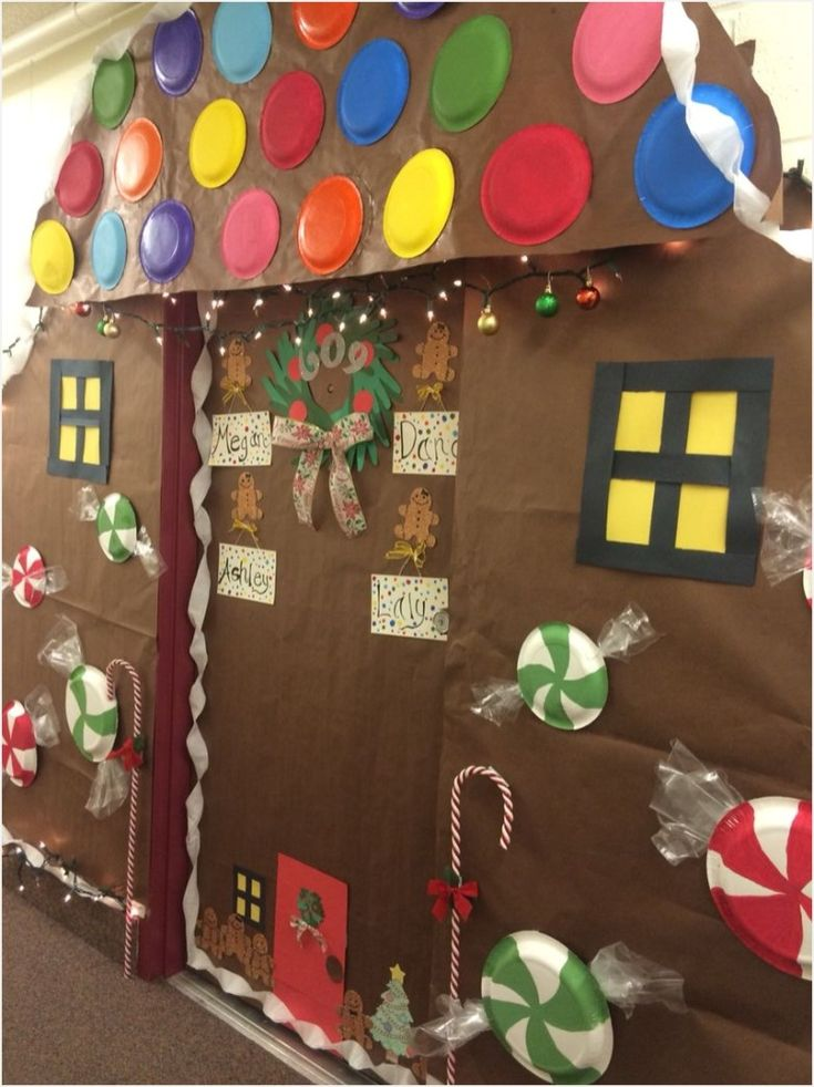 37 Best Gingerbread House Door Decoration Ideas Office
