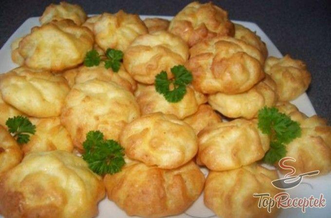 Tepsis sajtos burgonyapüré – kiváló köret húsokhoz