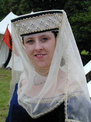Medieval Bride: Medieval women's hats