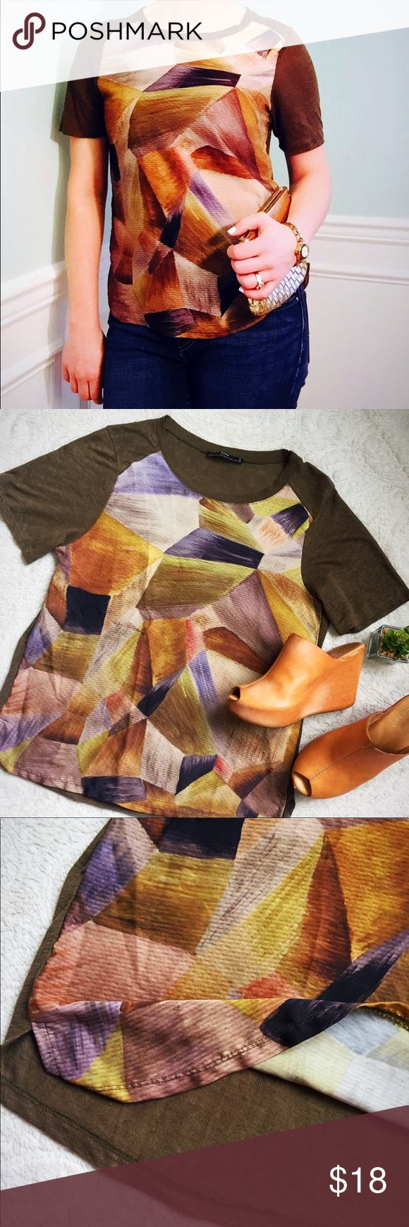 """Zara Abstract Printed Linen Tee Such a gorgeous piece! 😍 The earth tone print on this top is beautiful and pairs well with dark denim or is easily dressed up with a fun pencil skirt. Items front panel is a soft silk like material and sleeves and back panel are a soft greenish brown Linen. Item is very slightly sheer so a cami may need to be worn depending on your style. Length: 25"""" Zara Tops"""